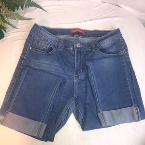GoGo Star mid-rise skinny capri jeans junior women